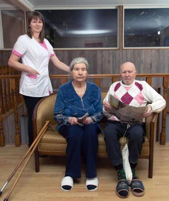 Пансионат для пожилых людей в спб в парголово уход за престарелыми на дому москва работа